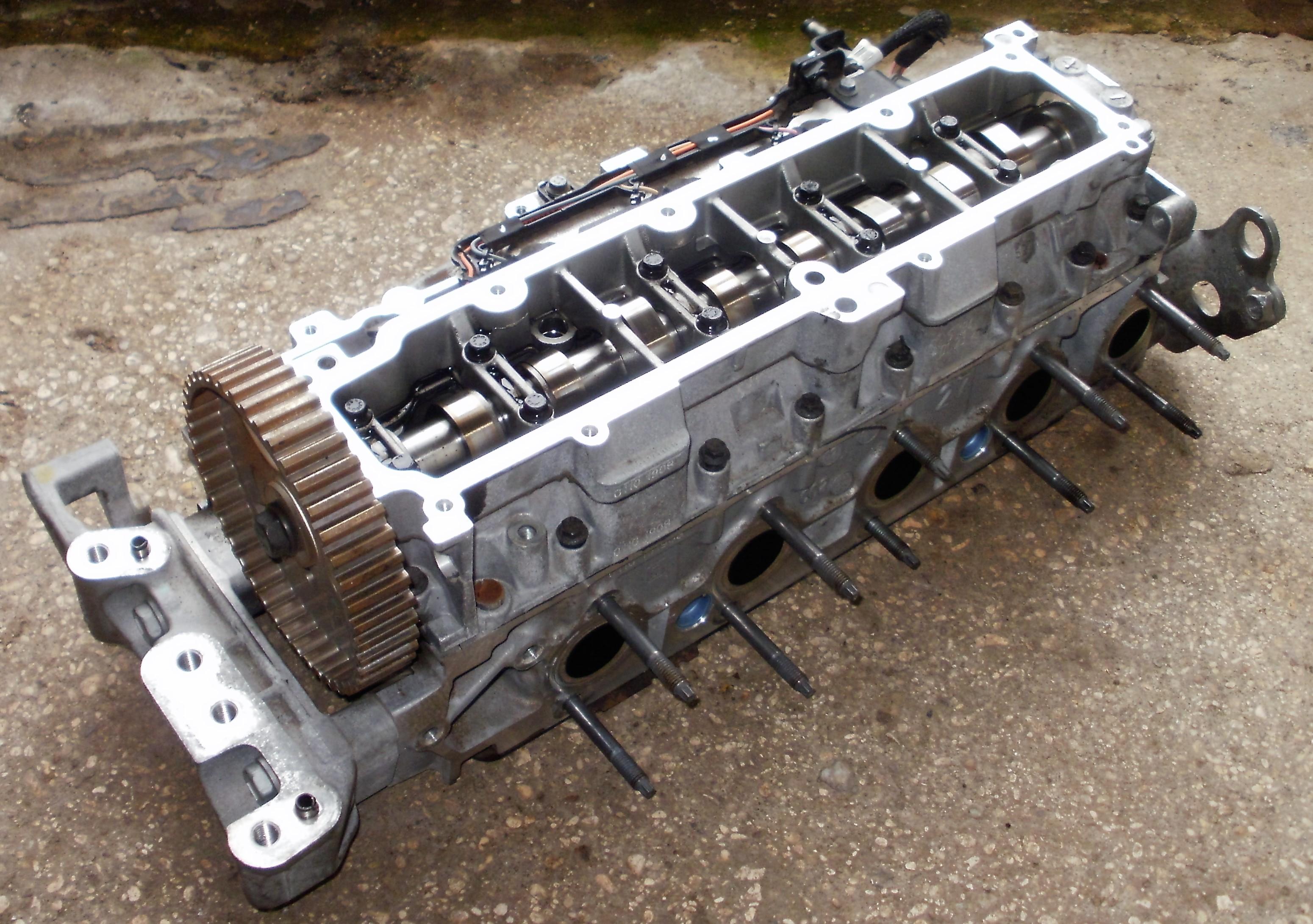 Melbourne Autos - 2015 Citroen C4 Picasso 1.6 BlueHdi Complete Cylinder Head